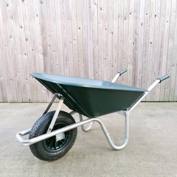 100l-wheelbarrow-in-dark-green