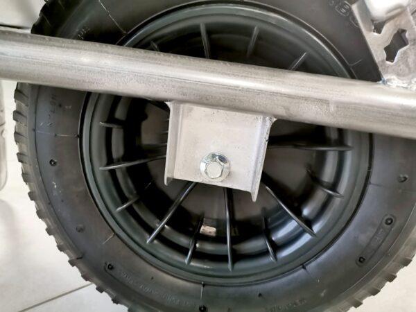 Wheel guard detail of the Steel Wheelbarrow