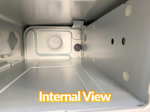 Internal view of the tank from the minimax heater