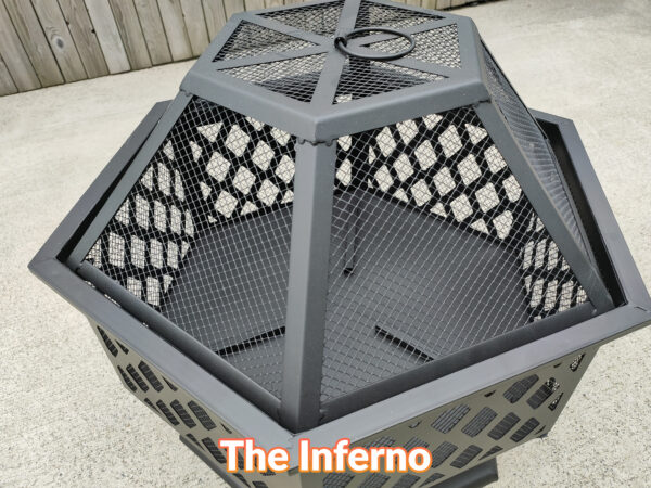 A close up view of the side of the inferno showing the diamond mesh fomration created by the crossing bars